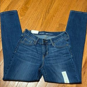 Old Navy Women's Skinny Mid Rise Jeans 2S
